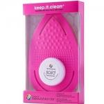 Фото Beauty Blender Keep.It.Clean - Рукавичка для очищения спонжей и кистей розовая