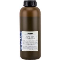 Davines Alchemic Shampoo Natural and Coloured Hair - Шампунь серебряный для натуральных и окрашенных волос, 1000 мл