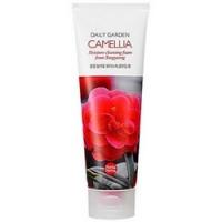 Купить Holika Holika Daily Garden Tongyeong Camelia Moisture Cleansing Foam - Пенка для лица с экстрактом камелии, 120 мл